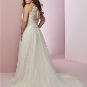 Wedding Dress | Rebecca Ingram, Heidi Style